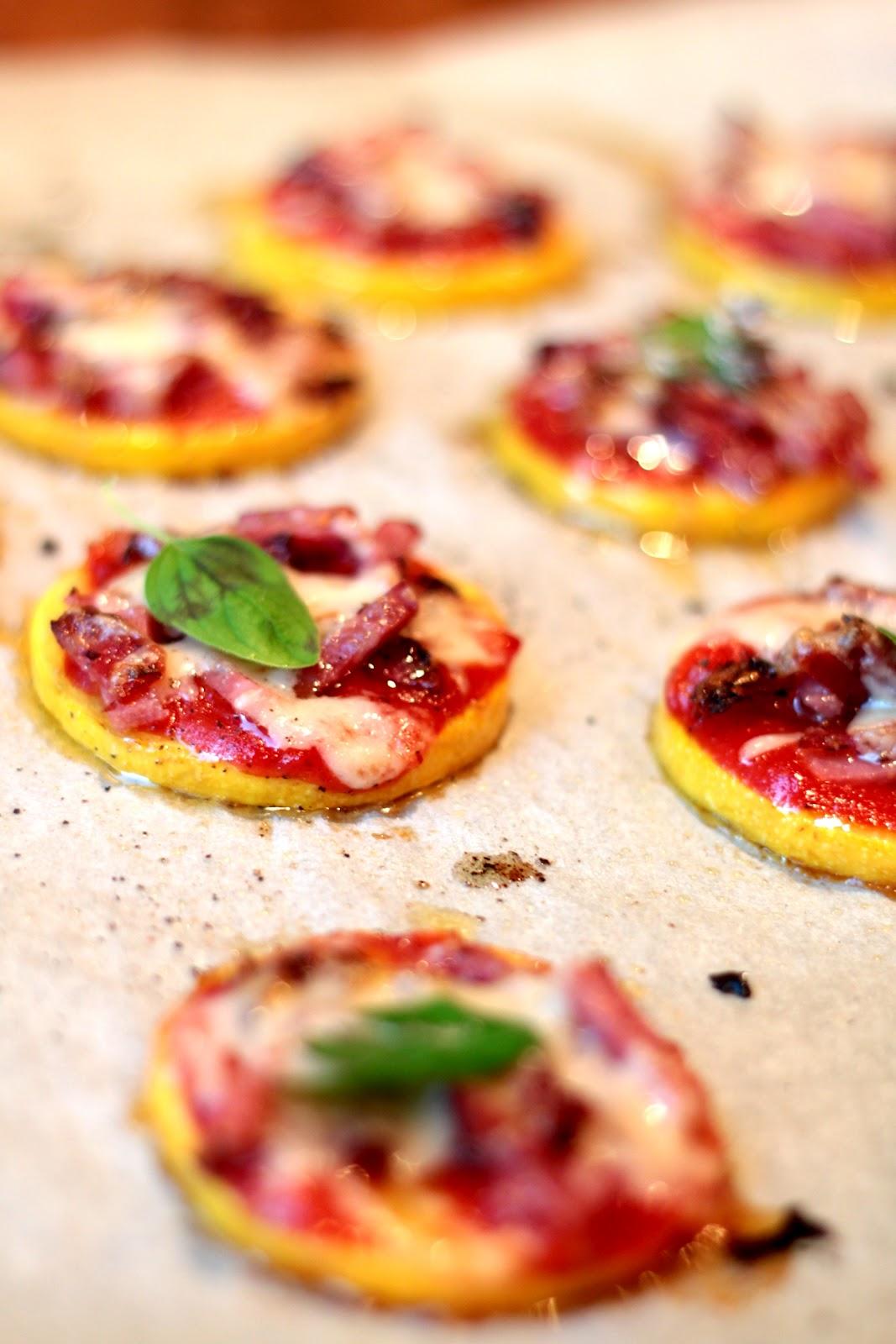 Kesäkurpitsa pitsanpohjana