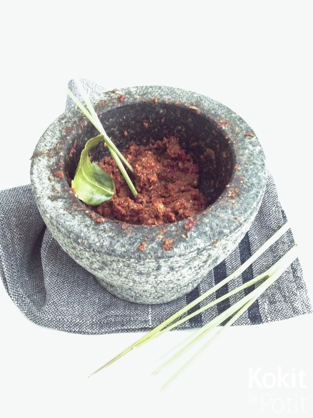 Thaimaalainen punainen currytahna