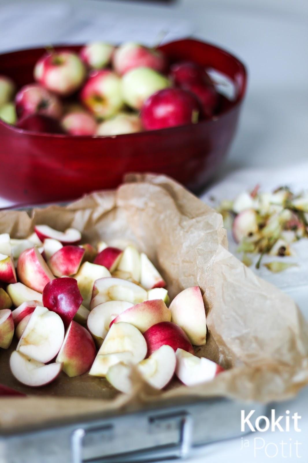Omenahillo uunissa