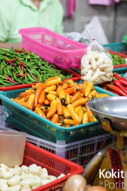 Hua Hin – markkinoita aamusta yöhön