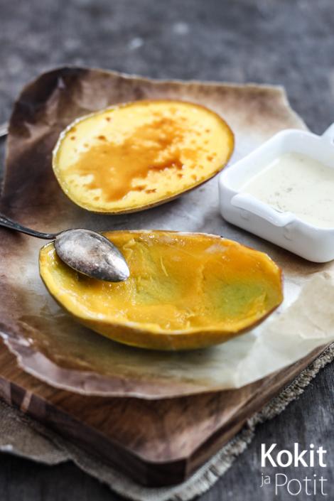 Uunissa paahdettu mango