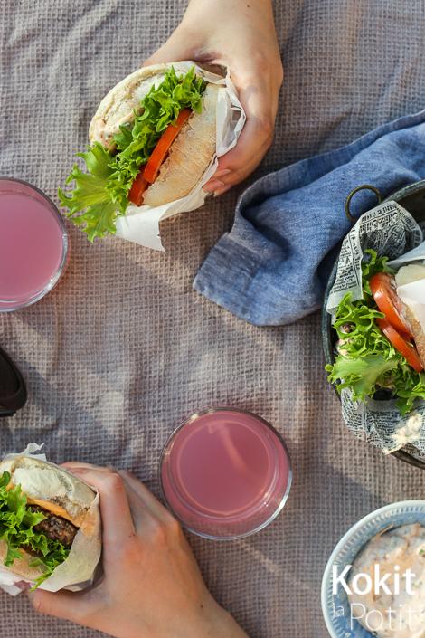Pekonimajoneesi – parasta burgerin välissä