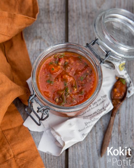 Paahdettu tomaattisalsa