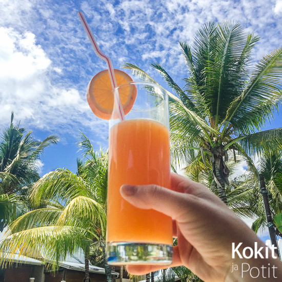 Tropiikki juomalasissa