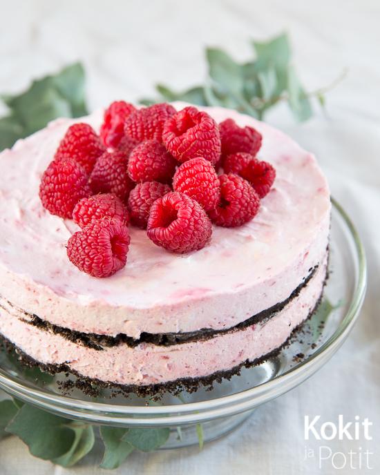 Suklaa-vadelma ice box -kakku