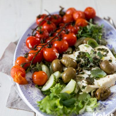 Paahdettu kreikkalainen salaatti