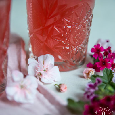 Vesimeloni-ruusudrinkki