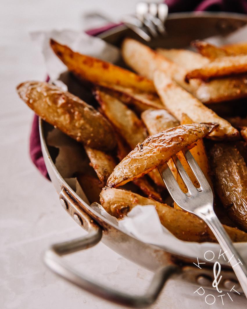 Patatas bravas – mausteiset lohkoperunat uunissa