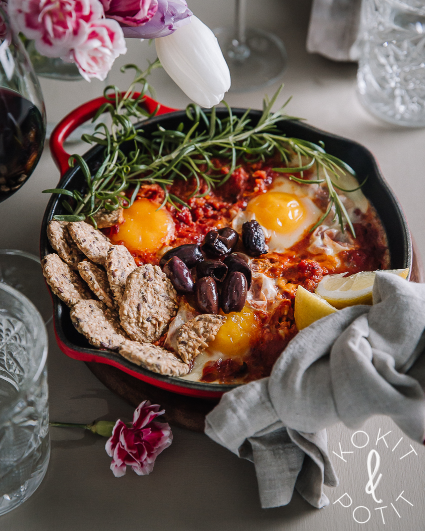 Shakshuka – tomaattinen herkku aamusta iltaan