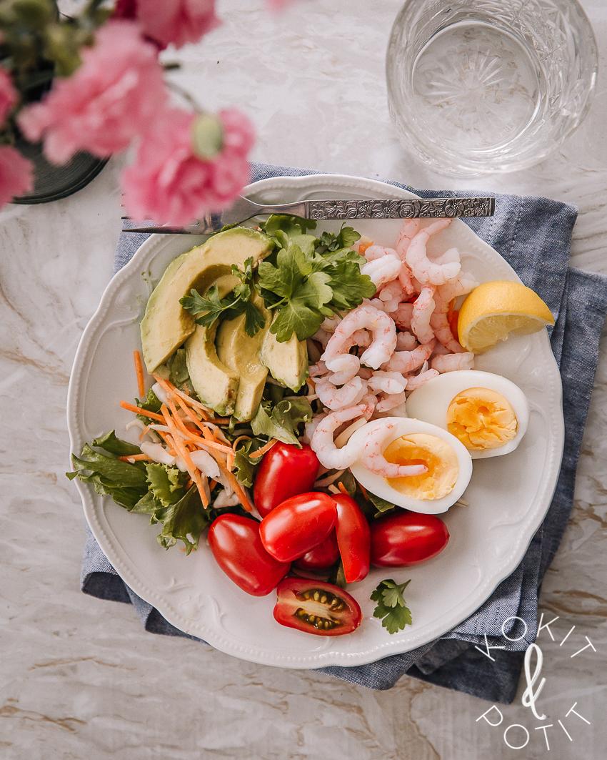 Ruokaisa salaatti – tällä kaavalla onnistut