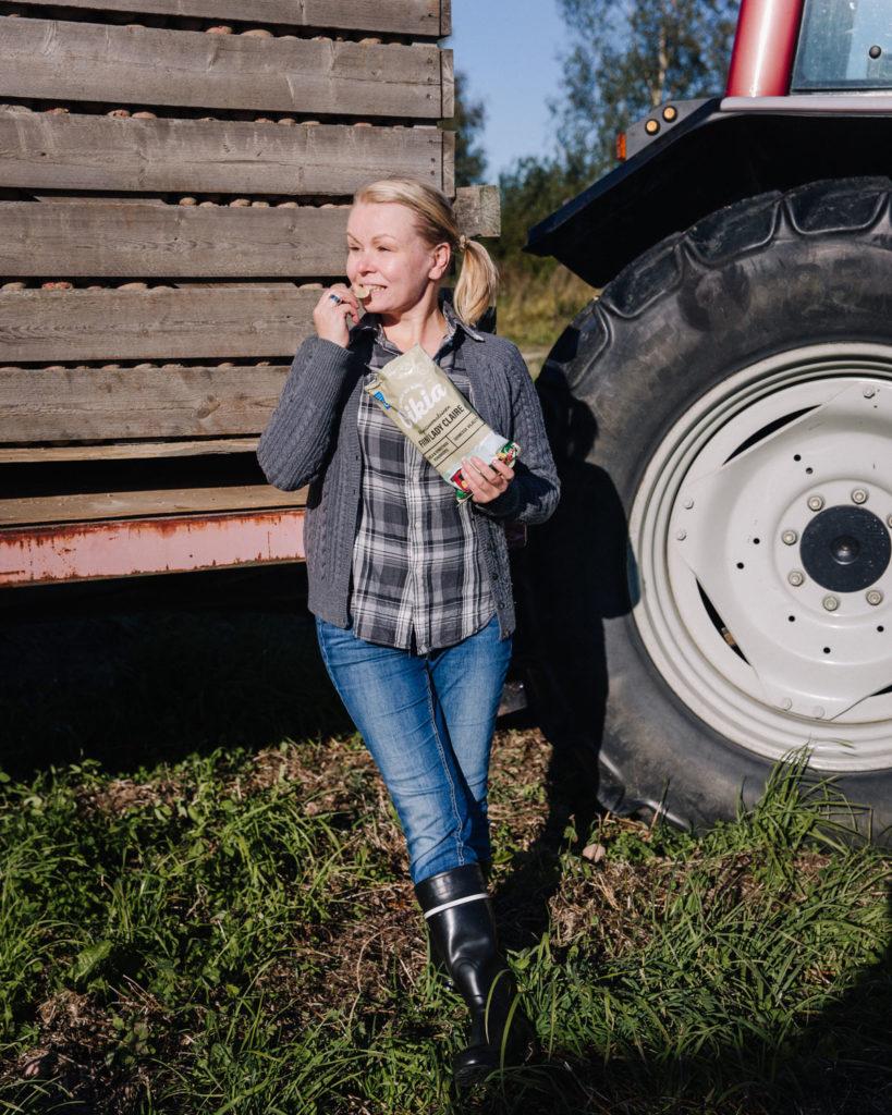 Sipsimuija kävi perunatilalla tutustumassa perunanviljelyyn.